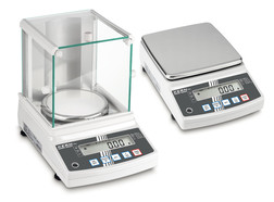 Precision balances PNJ series Models calibrated ex works, 3200 g